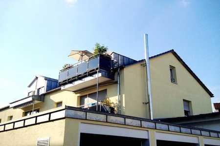 Außergewöhnliche Studio-DG-Wohnung im Herzen von Gersthofen in Gersthofen