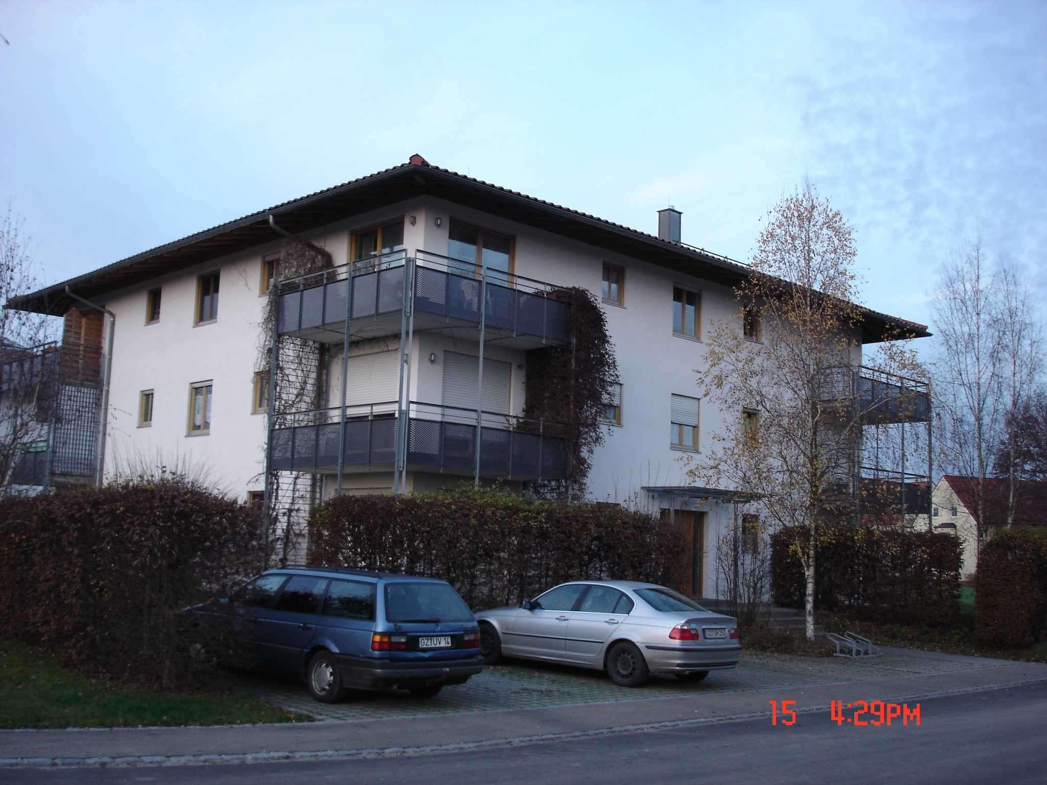 2 Zimmer Wohnung mit Terrasse und Tiefgaragenstellplatz in Jettingen in