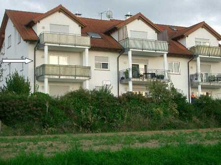 GANESHA-IMMOBILIEN...wunderschöne Wohnung mit Blick ins Grüne zu vermieten ! in Röllbach