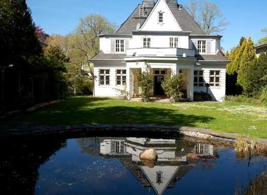 Dahlem: Repräsentative 20er-Jahre Villa mit wunderschönem Garten