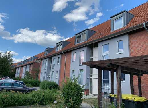 Geräumige Dreizimmerwohnung mit Balkon in ruhiger Grünlage