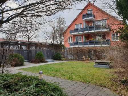2-Zimmer-Dachgeschosswohnung mit Balkon in  kleiner Wohnanlage - Nähe U1 Mangfallplatz in Obergiesing (München)