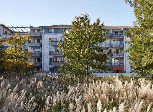 B-Schein Wohnung: Tolle 3-Zimmer Dachgeschosswohnung mit großer Dachterrasse am Kronsberg