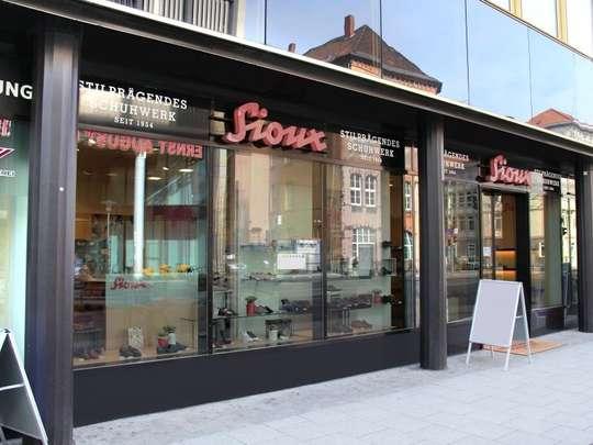 Ladengeschäft gegenüber der Ernst-August-Galerie zu vermieten