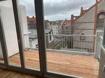 Traumhafte Dachgeschoss mit Terrasse EBK
