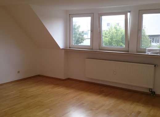 Modernisierte 2-Zimmer-DG-Wohnung mit Balkon in Sprockhövel