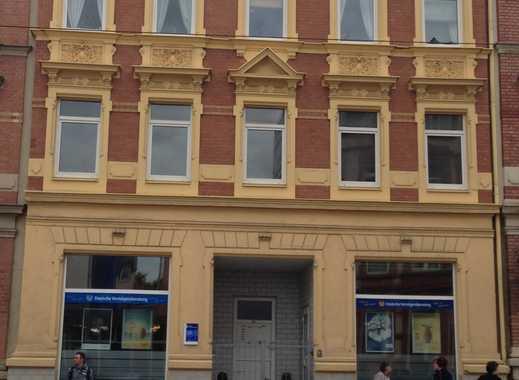Neu sanierte 3 Zimmer Wohnung - 549 Euro Warmmiete, 75 m²