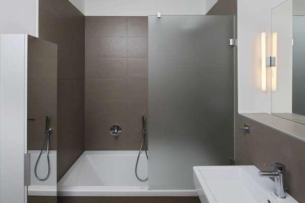 leipzig zentrum neubau eigentumswohnung mit loggia und. Black Bedroom Furniture Sets. Home Design Ideas