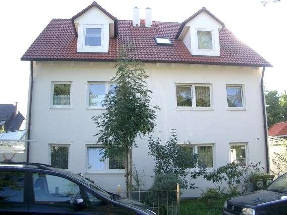 Schöne und ruhige 3-Zimmer-Wohnung mit Balkon und EBK in Unterschleißheim in Unterschleißheim