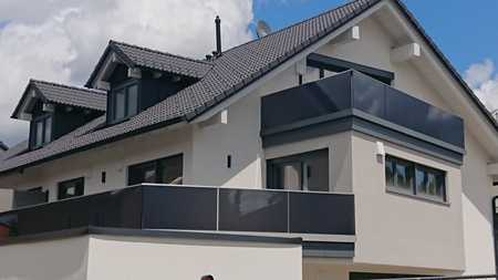 Erstbezug: Attraktive,  3-Zimmer-Terrassenwohnung mit Einbauküche in Wolfratshausen in Wolfratshausen