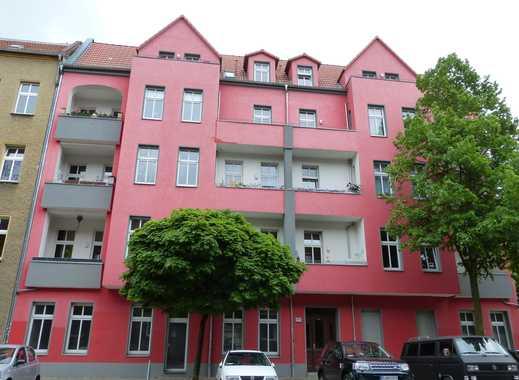 3-Zi-Wohnung im sanierten Altbau unweit S-BHF Lichtenberg