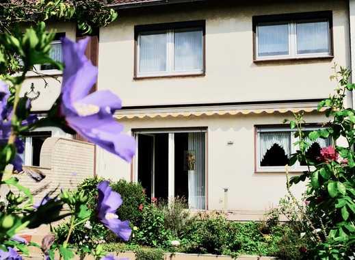 Gepflegtes Reihenhaus mit schönem Garten in beliebter Lage