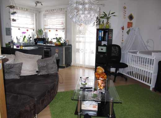 Schniegling ! 2-ZW ca. 47 m², Terrasse, offene Küche mit EBK, Laminatboden