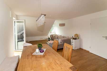 Gemütliche 2-Zimmer-Dachgeschoss-Wohnung mit  Balkon in Gaimersheim