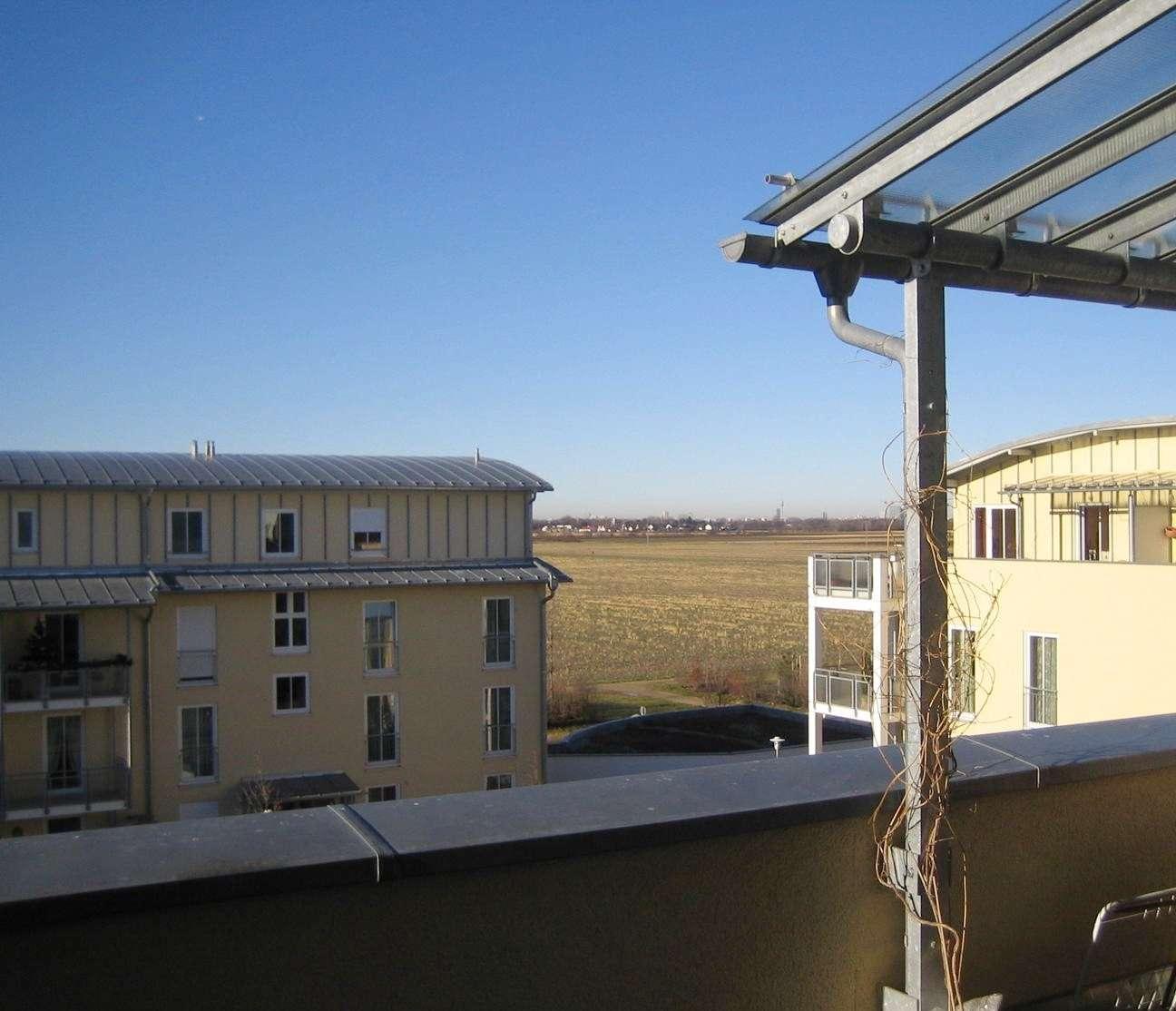 Provisionsfrei! Traumhafte 3 Zimmer Dachterrassen-Wohnung in Feldkirchen (München)
