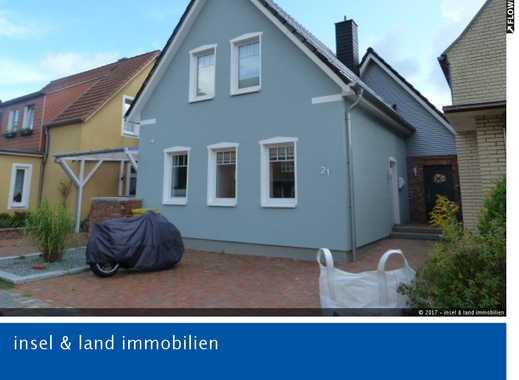 Doppelhaushälfte in Superlage mit Garten.