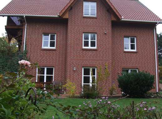 Schöne 2 Zimmer Wohnung Hanglage mit Terasse und Gartenanteil
