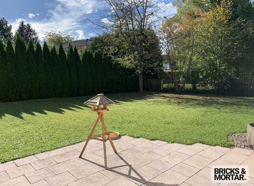 Sonnniges Grundstück mit Altbestand mit idealer Ausrichtung zu verkaufen