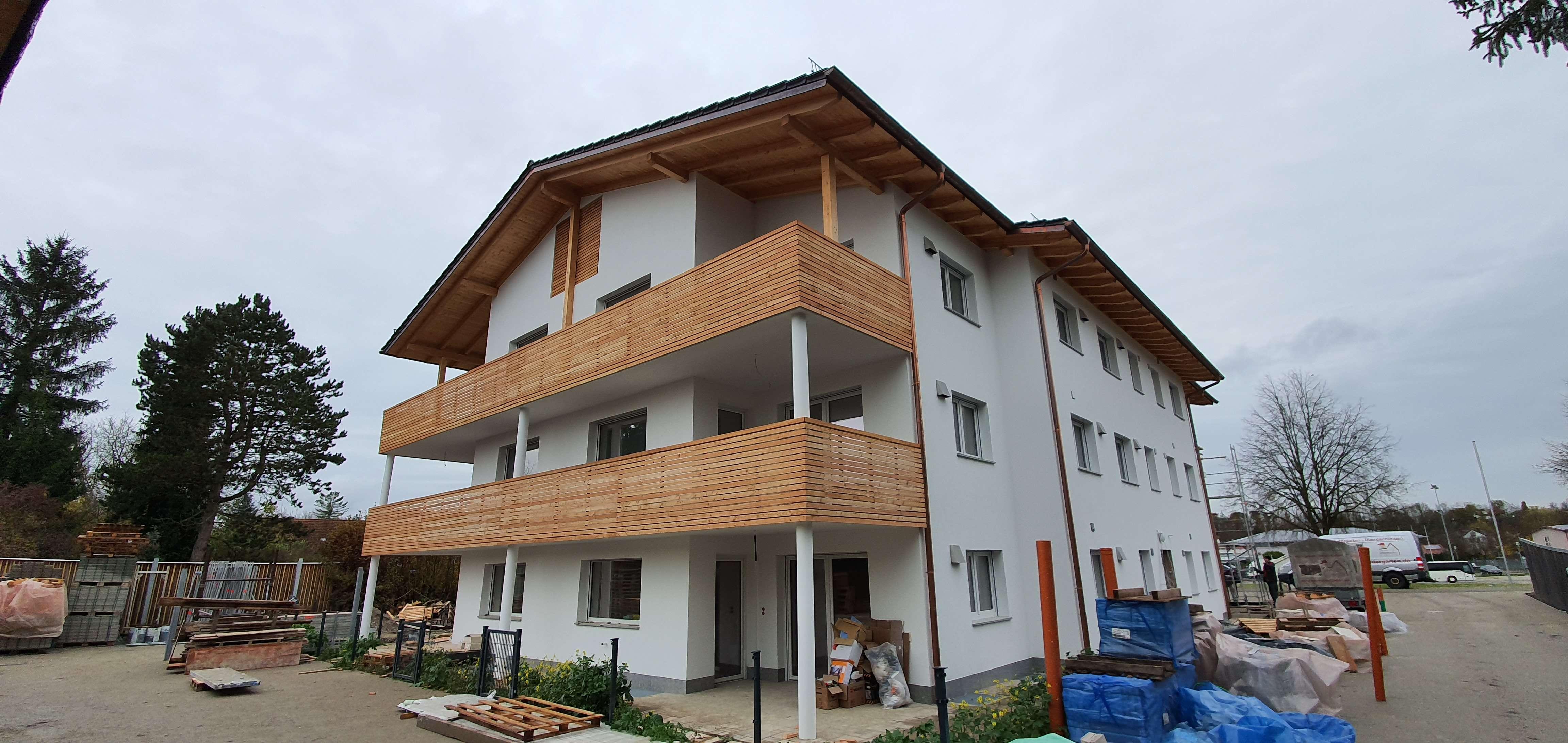 Zentral gelegene Neubau-Wohnung mit großem Süd-Balkon in Mühldorf am Inn
