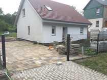 neuwertiges Einfamilienhaus nahe Badesee