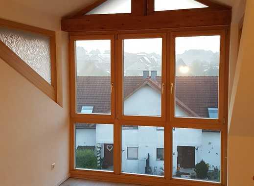 Günstige, vollständig renovierte 3-Zimmer-DG-Wohnung zur Miete in Waldbrunn