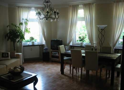 Nachmieter für stilvolle 3,5-Zimmer-Wohnung mit Balkon und EBK direkt am Schweizer Platz