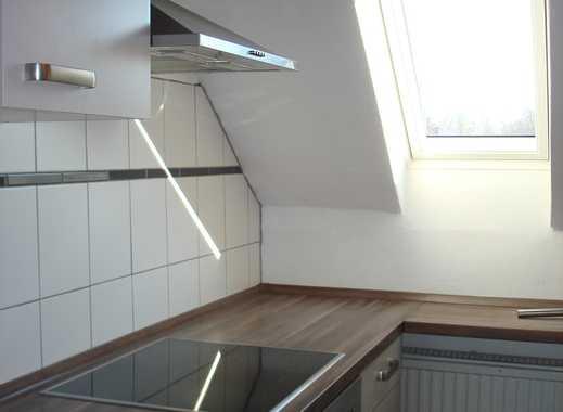 3 Zimmer-Dachgeschosswohnung mit Küche Köln Rath
