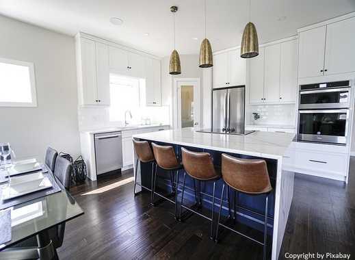 !! Aus Zwei mach Eins - Kombi-Angebot: 220 m² Wohnung mit zwei Balkonen !!