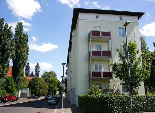 Zentrale Altstadtlage mit Balkon nahe Kulturhistorisches Museum / Hasselbachplatz