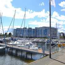 Bild Damp´s beste Lage - in erster Reihe zum Hafen die Ostsee riechen und schmecken