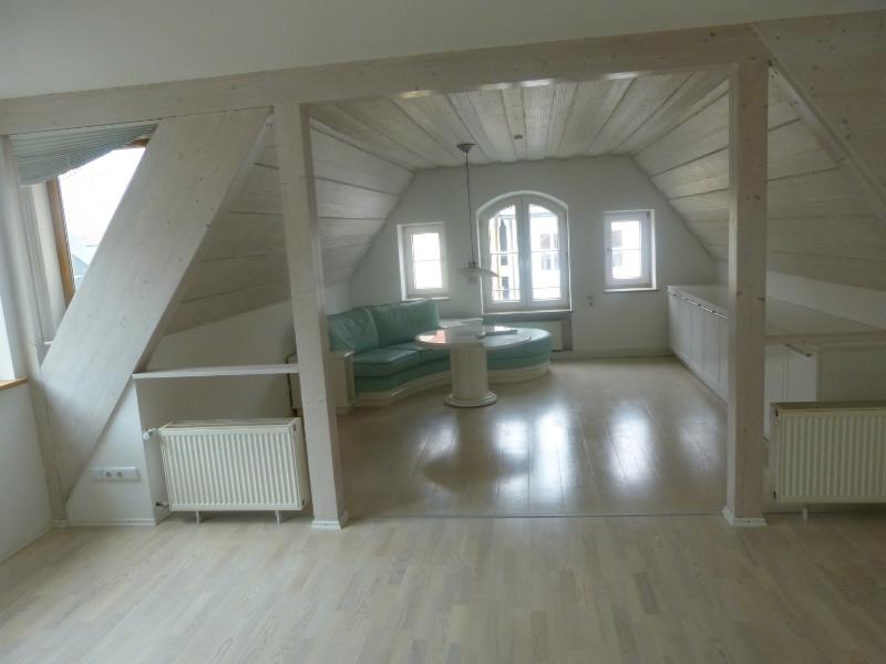 Helle großzügige Altstatt-Maisonettenwohnung im Herzen Mindelheims in