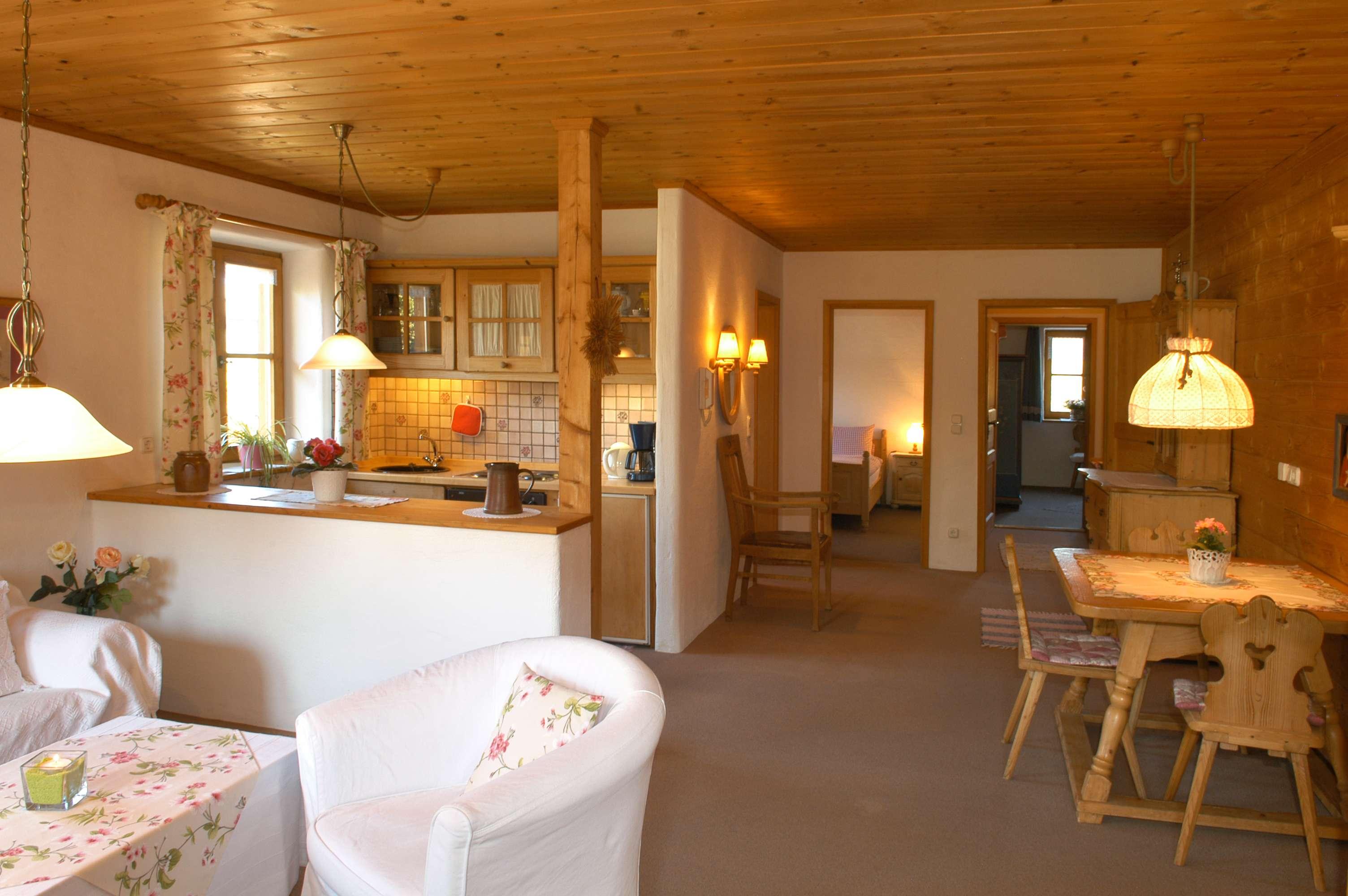 Ruhig, gemütlich, hochwertig! 2-Zimmer mit Balkon! in Bad Aibling