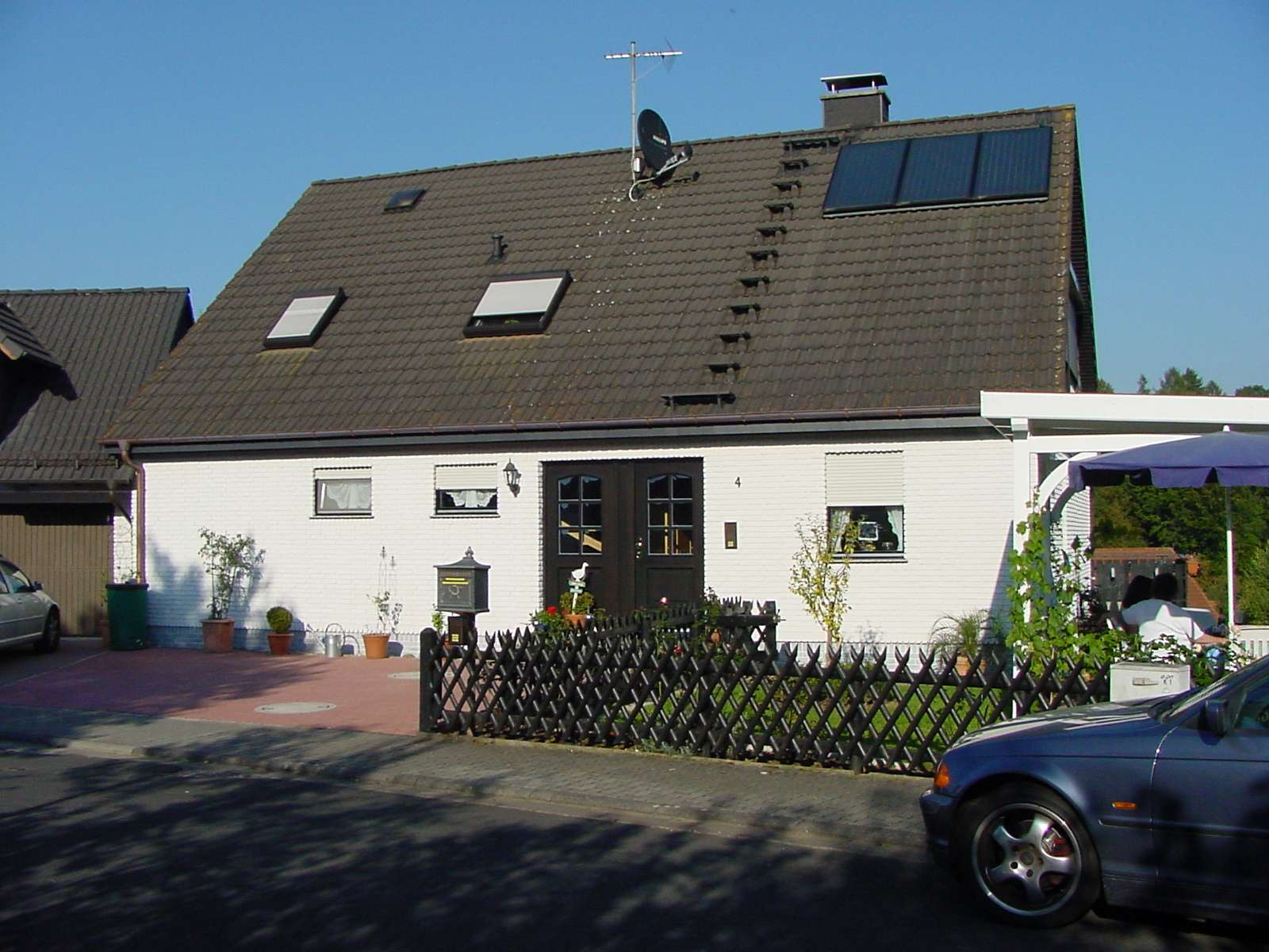 Modernisierte 2-Zimmer-Souterrain-Wohnung mit Terrasse und EBK in Krombach