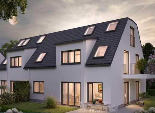 E & Co.-Neubau / Erstbezug. Moderne, gut geschnittene 2 Zi.- Wohnung plus Speicher/Studio mit Balkon