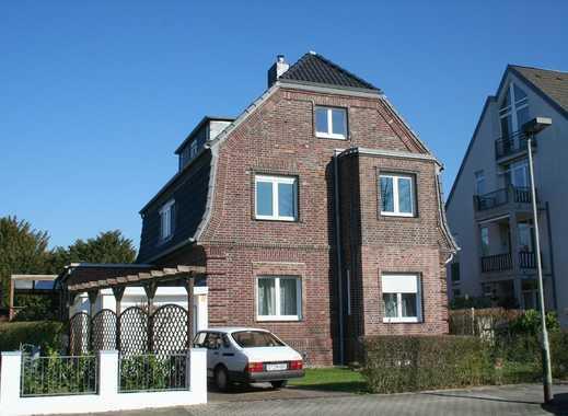 Zuhause angekommen: erstklassige 2-Zimmerwohnung mit Gartennutzung in Lohausen
