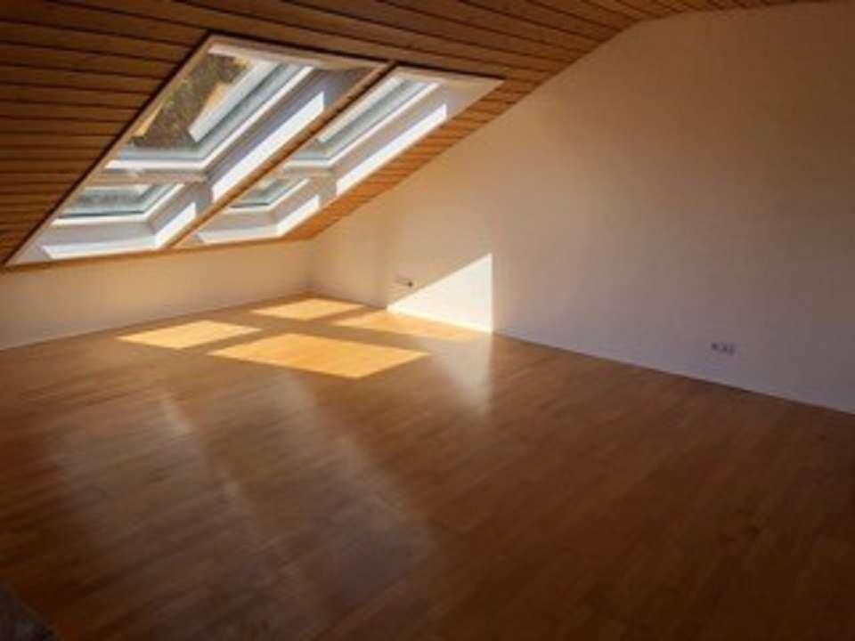 Großzügige 3-Zimmer-Wohnung im 1. OG in bester und ruhiger Lage von Holzkirchen