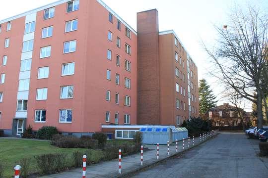 Renovierte 2-Zimmer Wohnung mit sonnigem Balkon in Meckelfeld, Lönsring 15