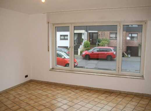*** DHH 110m² - mit Terrasse + Garten + Balkon in Sackgassenlage zu vermieten ***