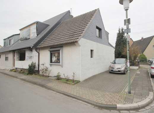 Modernisiertes Reiheneckhaus in begehrter Lage des Blumenviertels von Neuss-Reuschenberg
