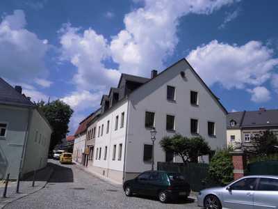 Gemütliche, renovierte Dachgeschoßwohnung zu vermieten
