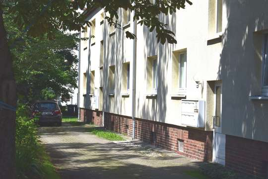 Geräumige 2-Raum-Wohnung in Erdgeschosslage