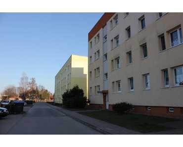 Interessantes Paket !! 8 Wohnungen zu verkaufen in Osterhausen