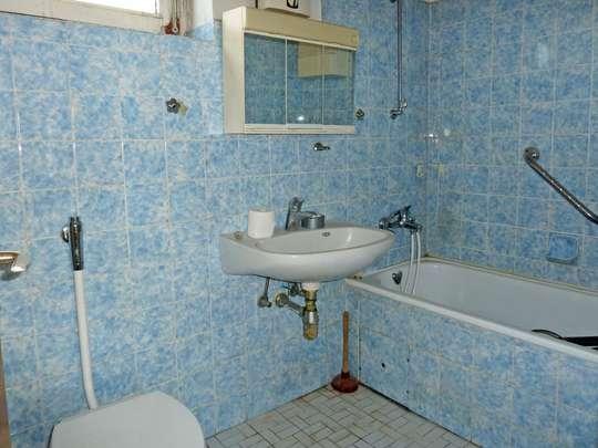 Sanierungsbedürftiges Reihenhaus in ruhiger Lage - Bild 16