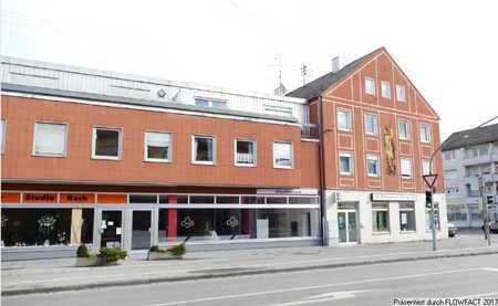 Erstbezug nach Renovierung - Großzügige 2 ZKB- Wohnung in Göggingen in Göggingen
