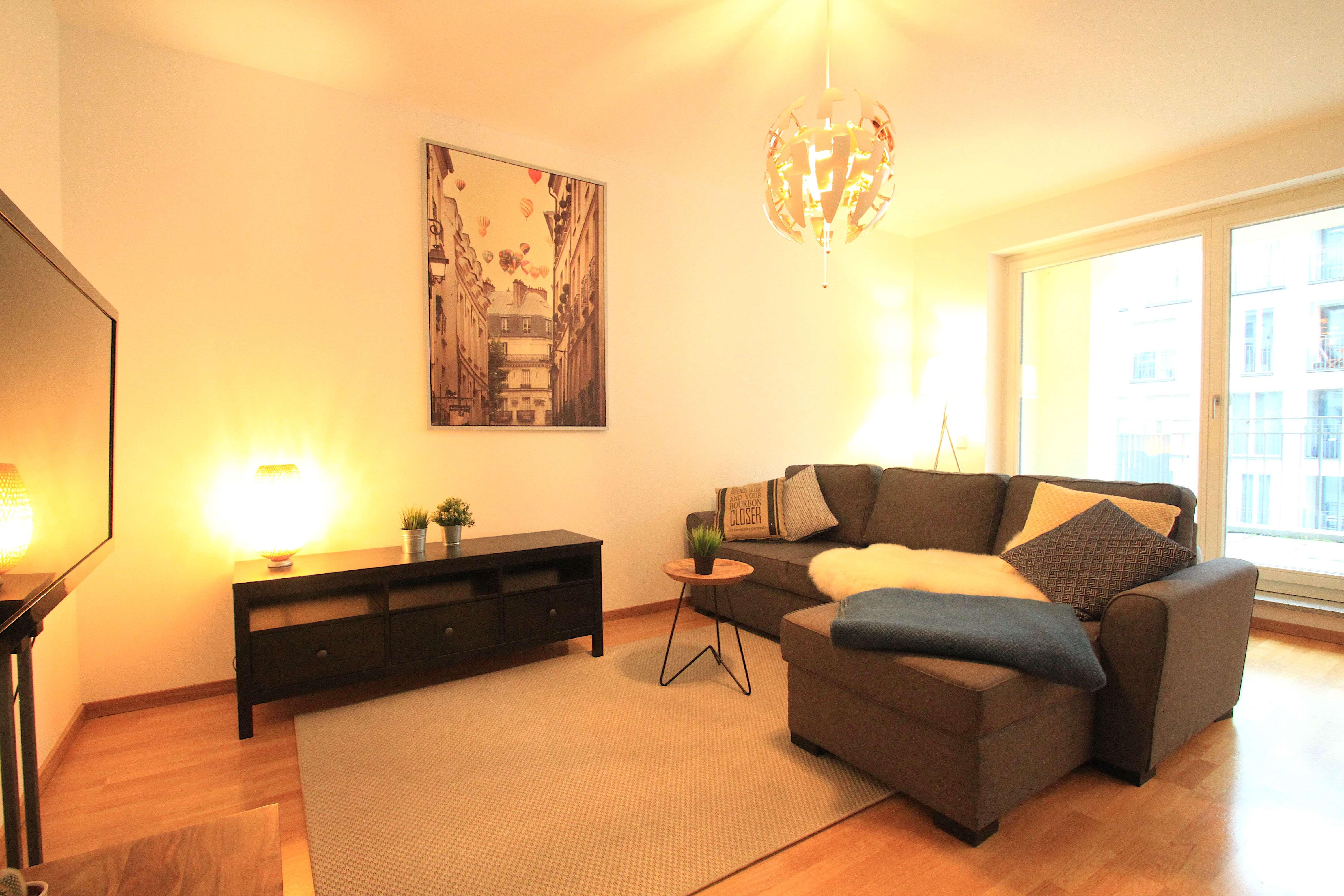 Exklusive möblierte 2-Zimmer-Wohnung am Stiglmaierplatz