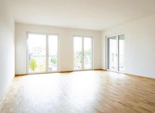Zentrumsnah und direkt am Stadtpark! Ideal geschnittene 4-Zimmer-Wohnung mit 2 Bädern und Loggia!