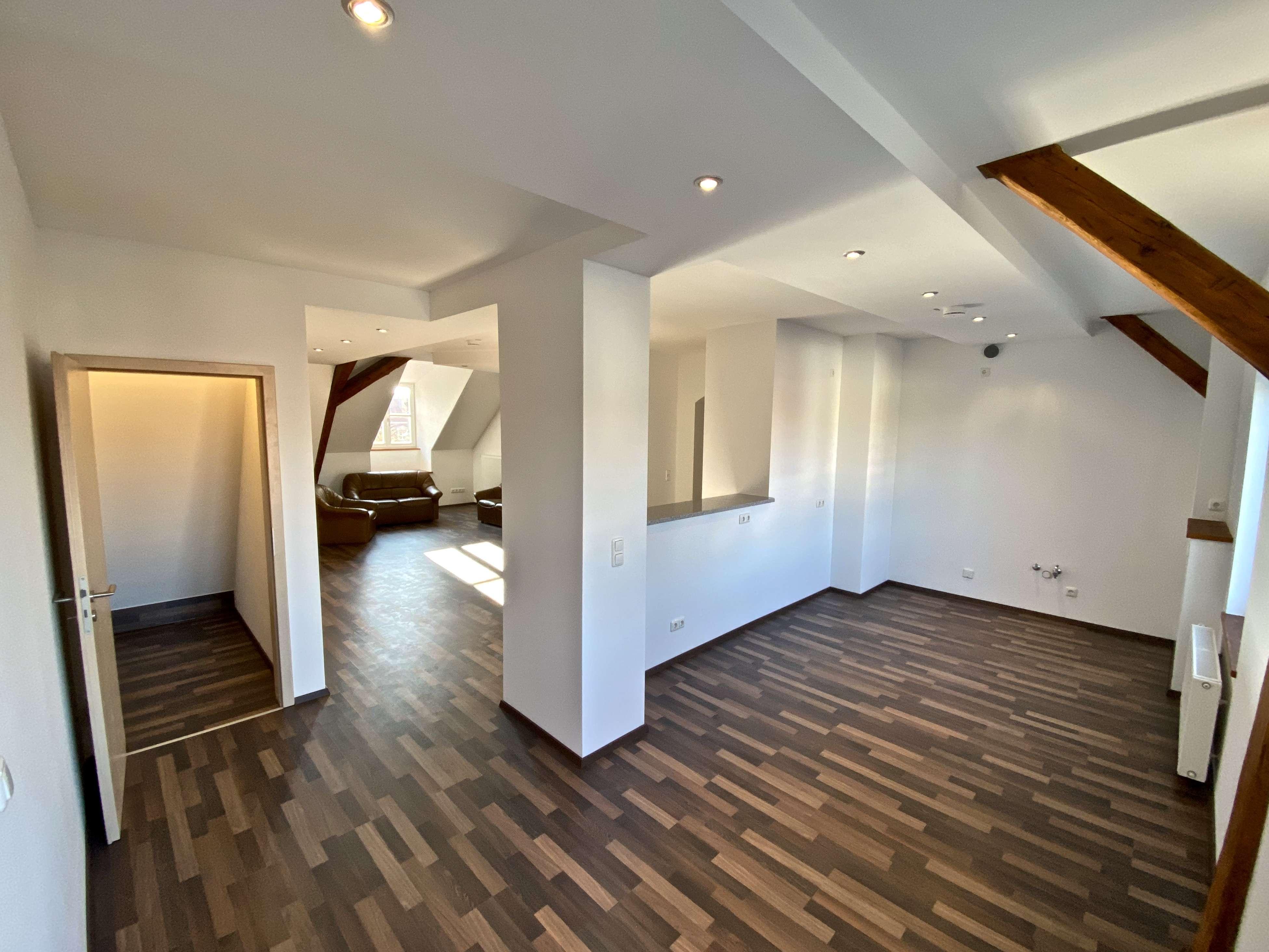 Helle Loft Wohnung, 2,5 Zimmer, Erstbezug, Innenstadt in Regensburg-Innenstadt
