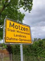 Motzen - Exklusives Baugrundstück zwischen Golfplatz