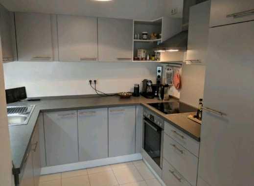 Exklusive 2,5-Zimmer-Wohnung mit Balkon und Einbauküche in Stuttgart