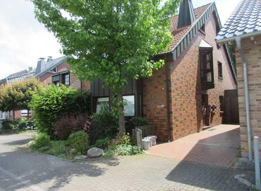 Gepflegte 3-Zimmer-Maisonette-Wohnung mit Balkon in Mönchengladbachh-Rheydt  Am Stadtwald